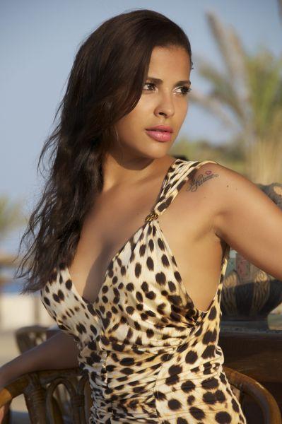 Ex-BBB Gyselle Soares no Egito